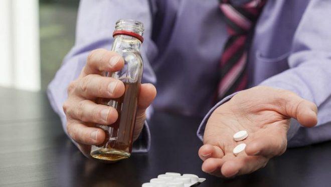 Можно ли употреблять алкоголь с амоксиклавом
